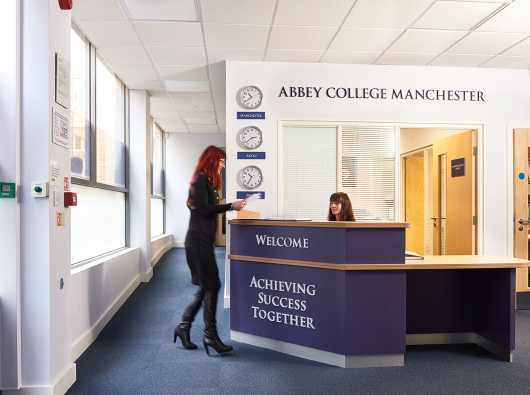 Abbey College Manchester английский
